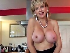Jerkoff Instruction With Brit Cougar Lady Sonia