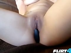 Flirt4free Kink - Ruby Rozay - Cougar Licks Sexy Feet And Paddles Vulva