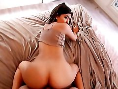 Amina Allure Bouncing On Guys Sturdy Cane