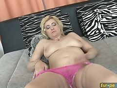 Matures Euro Housewife Is Playing With Her Beloved Fuck-a-thon Equipment