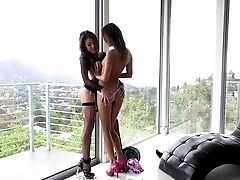 Ideal Honeys In High High-heeled Slippers Jayden Lee And Alina Li