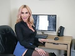 Point Of View Movie Of Sexy Sarah Jessie Providing Head And Getting Fucked