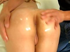 Nude Sexy Blonde Sarah Vandella Shows Off Her Sexy Moist