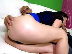 Hot Super-bitch Gives Him The Best Bj He Can Hope For And Then She Fucks Him On Top
