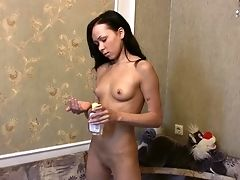 Horny Gf Could Not Sleep So She Woked Up Her Paramour For Lovemaking