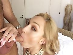 Mummy With Sexy Kinks Analed By Junior Lad While On Web Cam
