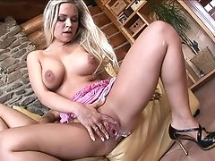 Perverse Mmf Threesome With Dual Foray For Mia Leone. Hd