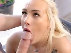 Spicy Daisy Lee Sucking For A Premium Facial Cumshot