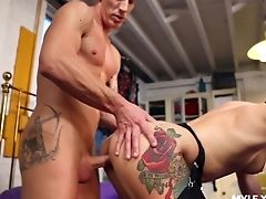Horny Mummy Ava Austen Gonna Entice Man For Some Terrific Rear End Banging