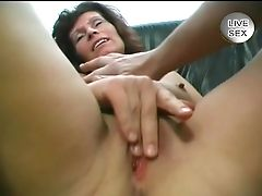 Hand Jobs And Bj - Julia Reaves