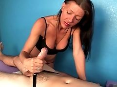 Erotic Rubdown Finishes With Brilliant Tugjob